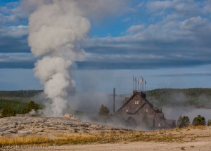 Old Faithful Geyser & Old Faithful Inn